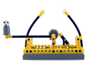 Катапульта Лего